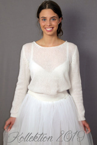 Beemohr knits for weddings and other celebrations