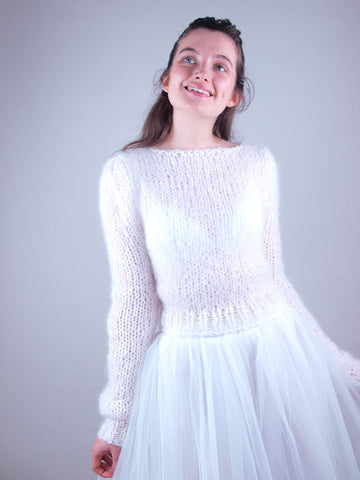 Handknitted bridal sweater made for your wedding skirt