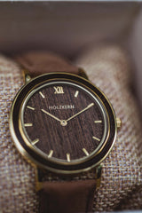 Wooden watch for the groom