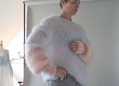 Oversized mohair sweater for leisure time
