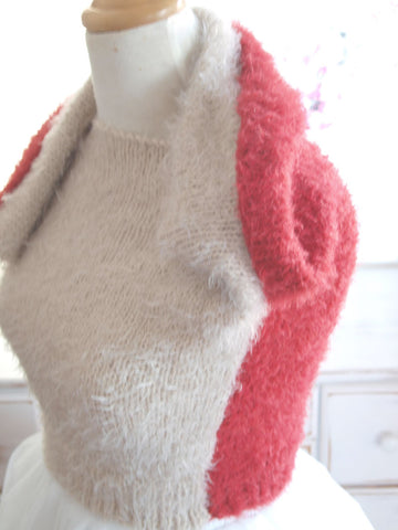 Cuddly sweater knitted for leisure