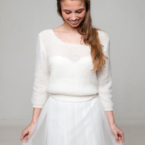 Bridal sweater in a beautiful lace pattern for boho brides