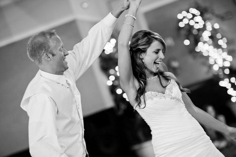 Groom and bride at the wedding dance