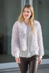 Wool and knitting instructions for your own cardigan