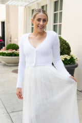 Knitted bridal jacket for noble weddings