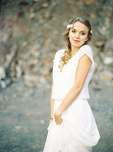 Bridal sweater sleeveless and casually falling in ivory and white