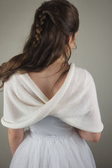 Knitted loop for your bridal skirt from Beemohr