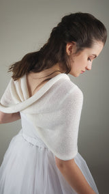 Bridal loop knitted from soft merino by Beemohr
