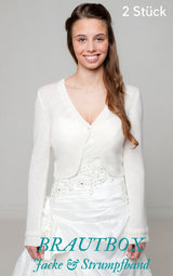 Bridal box with a knitted cardigan and garter from Beemohr