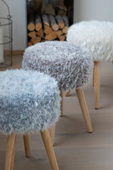 Stool covers made of fluffy yarn Arctic to knit yourself