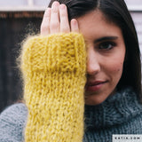 We knit your cuddly sweater for you from Ingenua wool in 3 colors