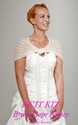 Do-it-yourself bridal cape made of mohair