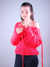 Oversized knitted sweater made of ingenouis big wool by Katia