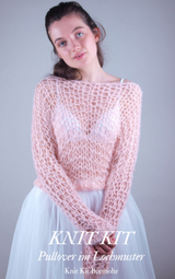 Mesh sweater to knit yourself with shimmering wool and knitting instructions