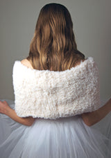 Bridal loop made of wool to knit yourself with the Knit Kit