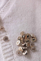 Golden buttons for a cardigan: order cashmere online
