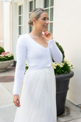 Ivory tulle skirt for the bride with a cardigan
