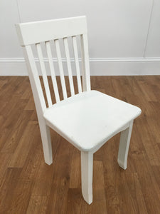 WHITE WOODEN KIDS CHAIR