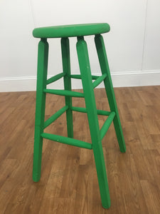 CHROMA GREEN WOODEN STOOL