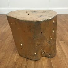 GOLD WOODEN STUMP TABLE
