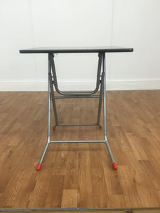 WOODEN TOP ACCENT TABLE: CHROME LEGS