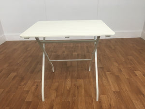 WHITE PLASTIC INDOOR OUTDOOR TABLE