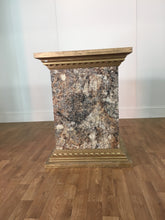 STONE FORMICA COLUMN WITH GOLD TRIM