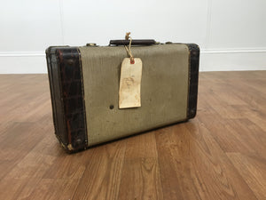 VINTAGE LUGGAGE, FADED GREEN