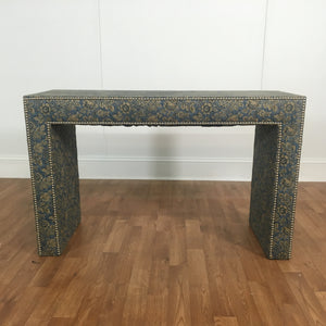 ACCENT TABLE, FLORAL PATTERN