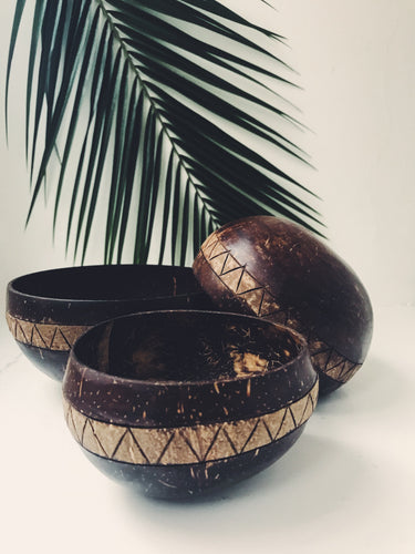 MOLUKI COCONUT BOWL