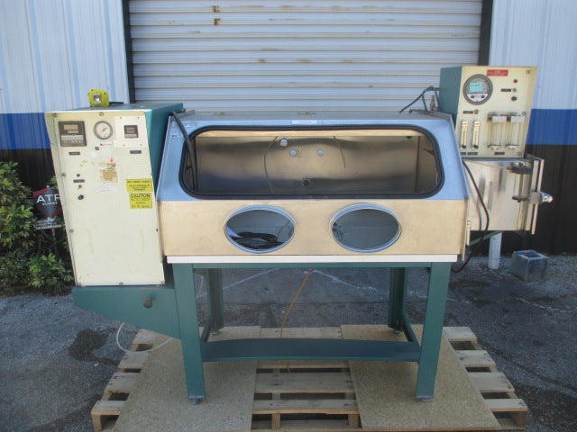 Solid State Equipment Vacuum Seal Seam Sealer Work Table Station Glove Box - Business Equipment World