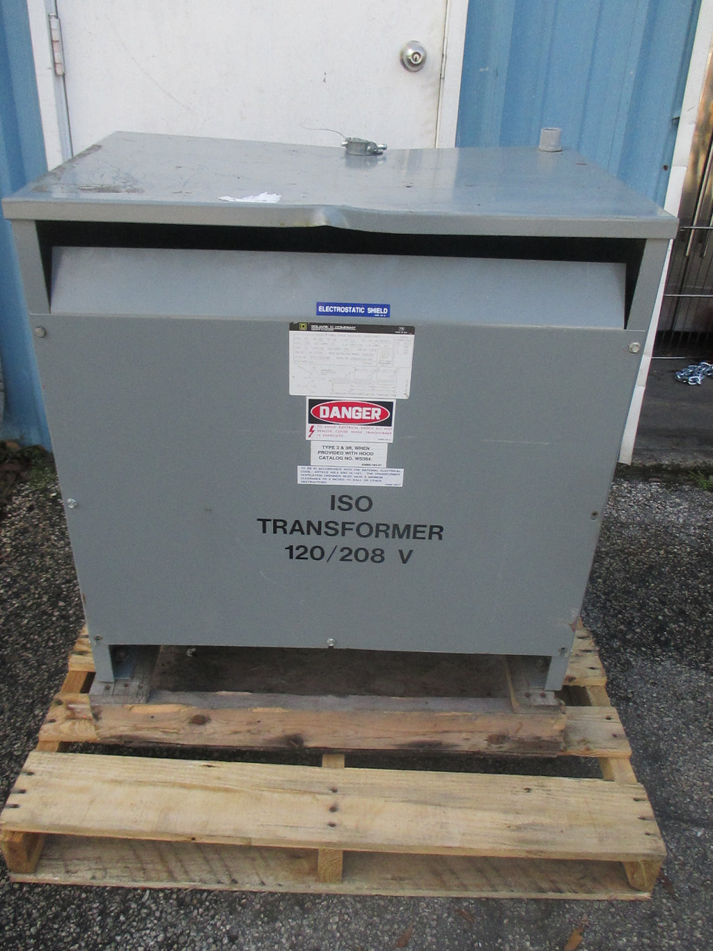 Square D 30T85HISFIL 30KVA ISO Transformer 120/208V 83A 3PH