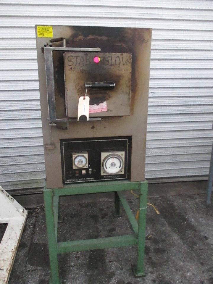 Blue M 8630D-3 Stabil-Glow Box Type Furnace Oven 2000*F Kiln - Business Equipment World