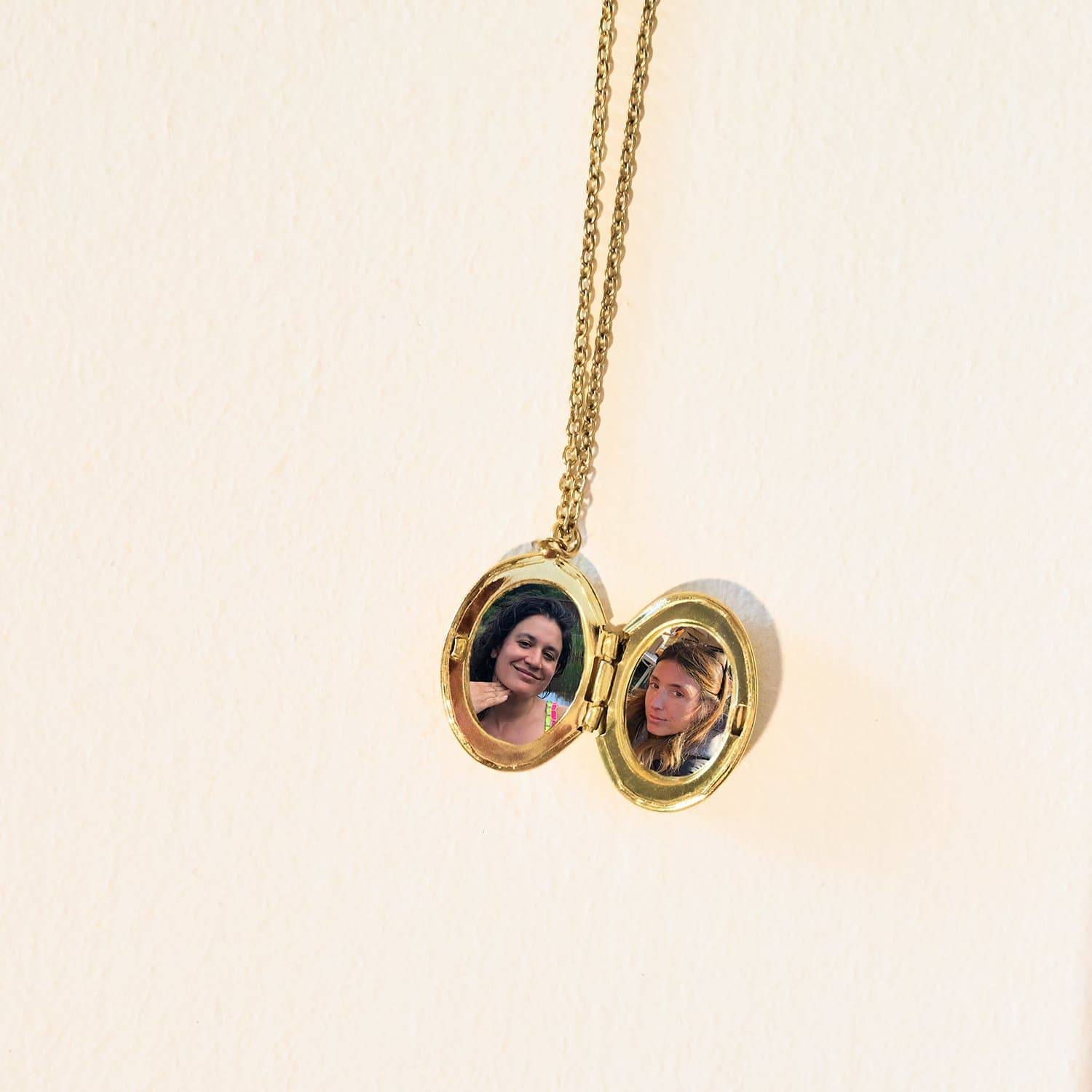 Oval Locket Necklace $20 or Less, Gift, Gold, Jewelry,