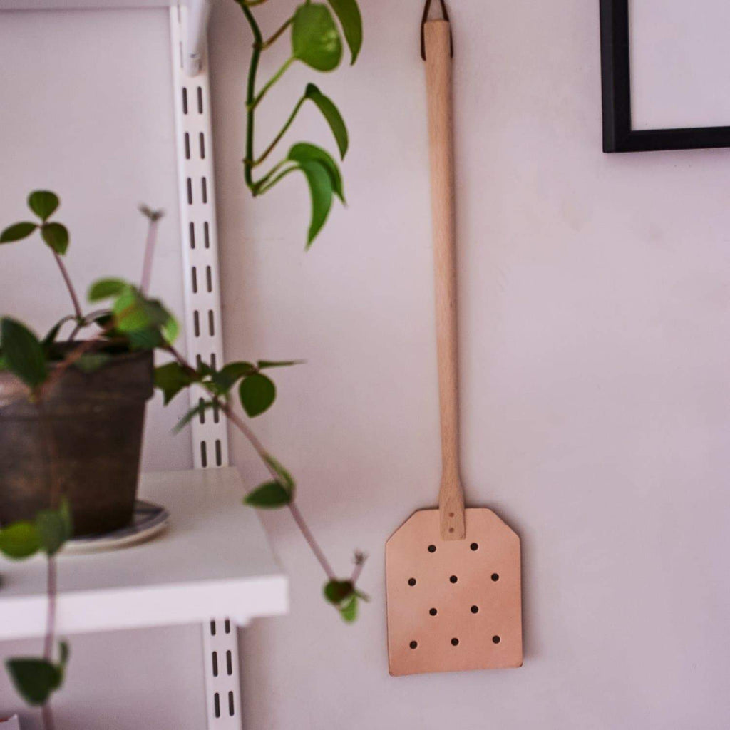 Leather Fly Swatter Deck the House in Redecker - Eco -