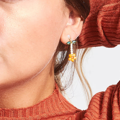 Poppy Bead Daisy Earrings - Orange