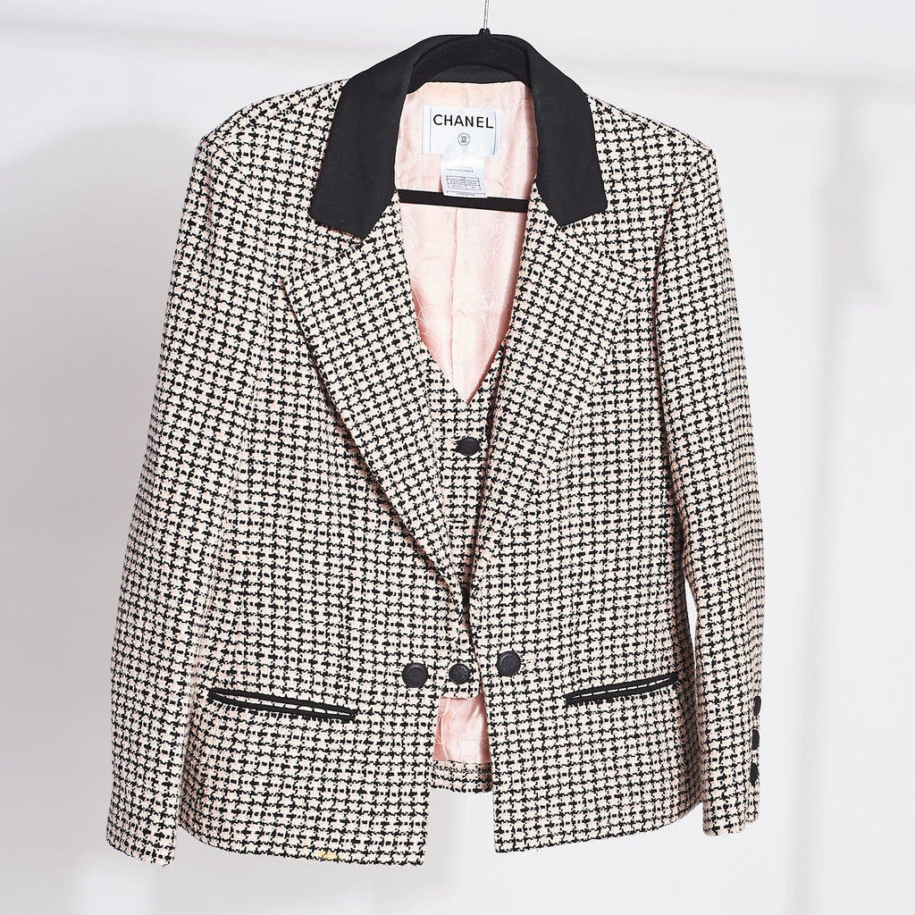 Vintage Chanel Tweed Blazer 2000s - Chanel - Designer -