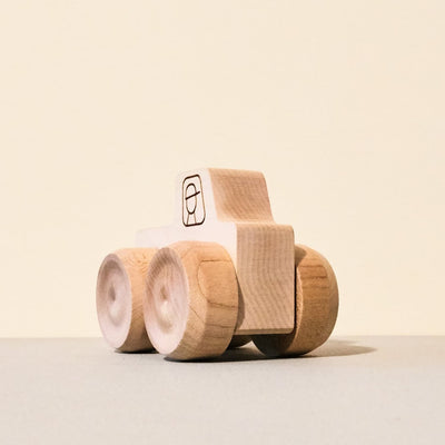 wood-monster-truck-toy-maple-landmark