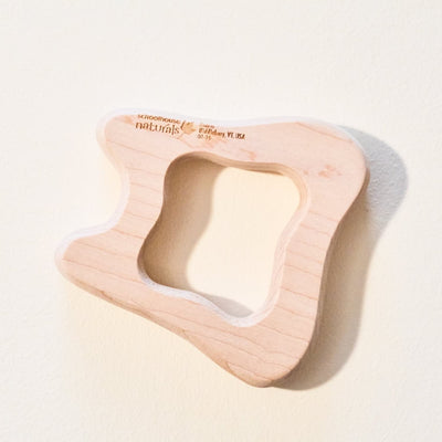 maple-landmark-baby-wooden-tooth-teether