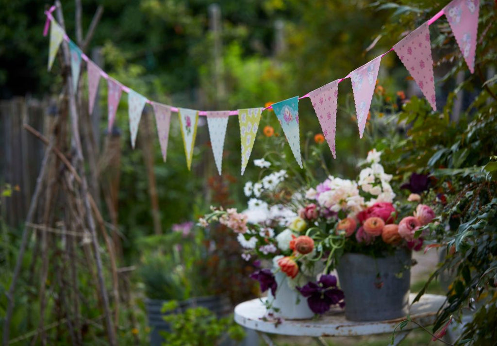 Truly Scrumptious Floral Bunting