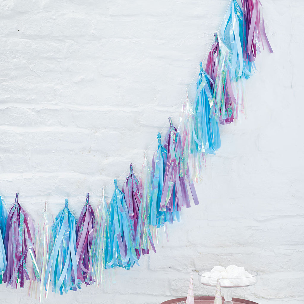 Talking Tables decadent decs iridescent tassel garland 3m