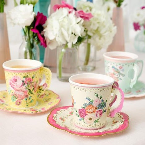 Truly Scrumptious Vintage Paper Cupset