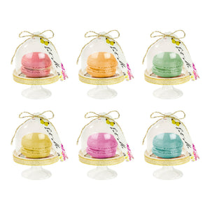 Truly Alice Curious Cake Domes