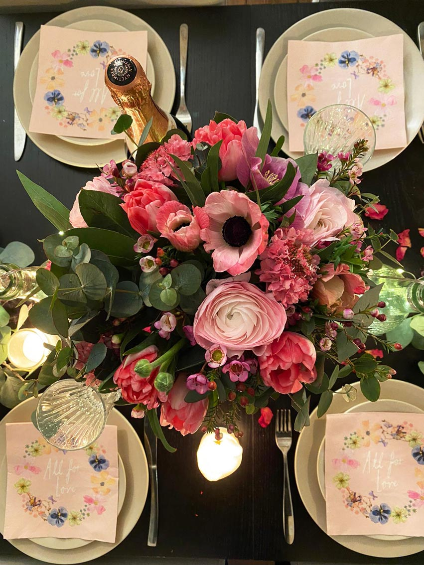 Beth's Valentines Day Tablescape