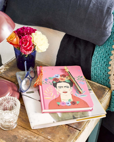 talking tables frida kahlo note pad