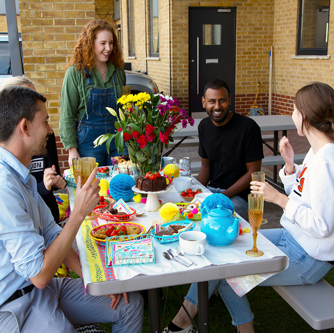 Office yard party - Talking Tables