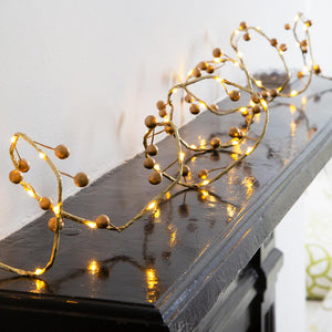 Talking Tables botanical berry gold berry lights