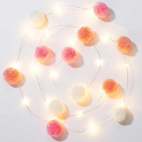 we heart pink pom pom lights - Talking Tables