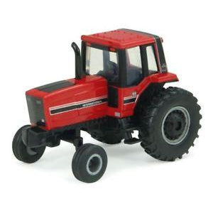 1:64 International Harvester Tractor