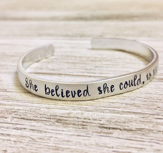 She Believe She Could Engrave - Bracelet